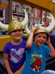 Viking Splash Tours... the only way to sightsee Dublin's city centre attractions and keep the kids entertained!