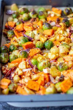 Schnelles Ofengemüse mit leckerem Wintergemüse – TRYTRYTRY Quick oven vegetables with delicious winter vegetables – TRYTRYTRY Healthy Appetizers, Easy Healthy Recipes, Lunch Recipes, Vegetable Recipes, Easy Dinner Recipes, Appetizer Recipes, Salad Recipes, Vegetarian Recipes, Easy Meals