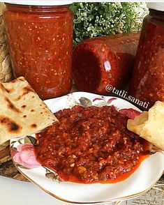 Get a super alternative for the weekend 😍👌🏻 Tατlı Tατlı.sanati 👈🏻 You will say no such a delicious sauce lezzetYou must try…, Soup Recipes Soup Recipes, Dinner Recipes, Palak Paneer, Meatloaf, Chili, Bbq, Food And Drink, Homemade, Breakfast