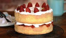 Cocochocbanana Muffins - a Julie Goodwin recipe - cakes and desserts Sponge Recipe, Sponge Cake Recipes, Cupcake Recipes, Dessert Recipes, Delicious Desserts, Diva Cupcakes, Cupcake Cakes, Fruit Cakes, Food Cakes