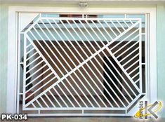 SERRALHEIRA ESTRUTURAL: Modelos de portões aberto Iron Window Grill, Window Grill Design, Door Design, Gate Designs Modern, Modern Design, Steel Grill Design, Balcony Railing Design, Iron Windows, Iron Gates