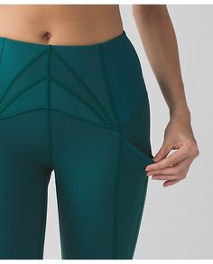 exquisite crop | women's crops | lululemon athletica