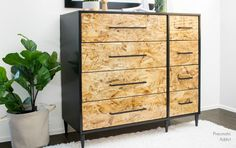 Learn how to turn OSB into perfectly smooth and shiny drawer fronts using a coat of epoxy resin. Easy high gloss finish tutorial.