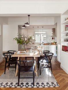 934 Likes, 15 Comments - Estudio Interiorismo Bilbao ( - Dining Room Ikea Dinning Room, Dining Area, Kitchen Dining, Dining Table, Open Kitchen, Beautiful Kitchens, Kitchen Interior, Home And Living, Home Kitchens