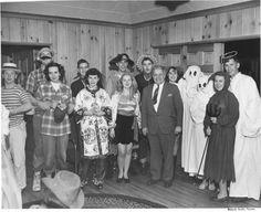 Halloween Photos, Vintage Halloween, Halloween Costumes, Tacoma Washington, Celebrities, Classic, Painting, Art, Derby