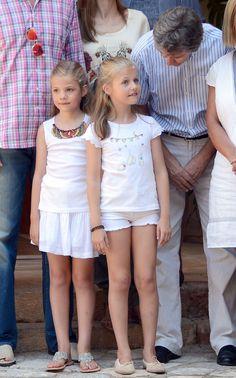 La curiosidad de la princesa Leonor en el nuevo posado familiar de los Reyes y sus hijas en la finca Raixa de Mallorca - Foto 4
