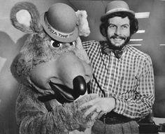 Nolan Bushnell with an early Chuck E. Cheese - 1978