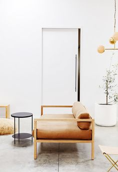 Minimalists Will Rejoice at This Stunning Neutral Home via @MyDomaine