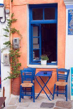 Kafeneion - Lefkes, Greece Paros Greece, Santorini Greece, Mykonos, Paros Island, Sidewalk Cafe, Coffee Places, City Scene, Outdoor Furniture Sets, Outdoor Decor