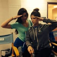 Hailee Steinfeld and Anna Kendrick Pitch Perfect 2, Anna Camp, Very Pretty Girl, Emperors New Groove, Anna Kendrick, Female Singers, Celebs, Celebrities, Role Models