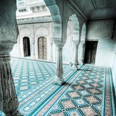 For centuries, Moorish craftsmen used colorful tiles to create architectural works of art. Even now, their skills are unmatched in architecture and design. Moroccan Blue, Moroccan Tiles, Moroccan Colors, Moroccan Pattern, Moroccan Design, Islamic Architecture, Art And Architecture, Beautiful Architecture, Morrocan Architecture