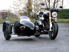 """BMW R nineT with sidecar """"Meteor"""" - Müller-Gespanne #motorcycles #bratstyle #motos 