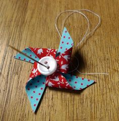 Pinwheel bobby pin tutorial | little jenny wren ..... ♥ ♥ ♥ ..... life and dolls.  Good way to use fabric scraps