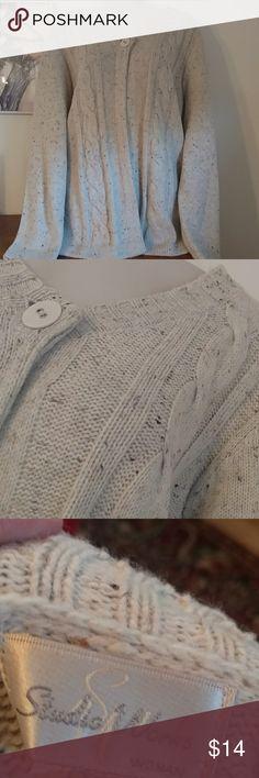 Studio works knit cardi sz 1x Beautiful knit cardi in tan w specks of brown. Sz 1x Studio Works Sweaters Cardigans