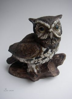 SALE  Wise One  VINTAGE  Owl Statue / Figurine / Animal by Besom, $15.95