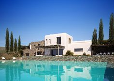Belleza moderna natural con vistas llamativas de la isla griega de Tinos moderno propiedades moderno hogar para venta modern architecture internacional moderno hogares caracteristicas