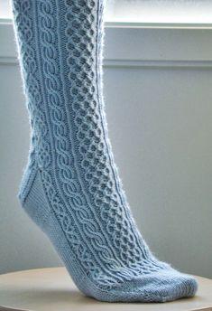 Knitted Mittens Pattern, Crochet Socks, Knit Mittens, Knitting Socks, Hand Knitting, Knit Crochet, Knit Socks, Knitting Stitches, Knitting Patterns