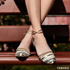 Pode mudar de estação as sapatilhas continuam sendo as queridinhas das mulheres. #tanarabrasil #shoesfirst #shoeslovers