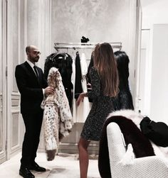"""Find and save images from the """"Luxury living ♔"""" collection by Wiwwi ♛ (phW_) on We Heart It, your everyday app to get lost in what you love. Classy Aesthetic, Aesthetic Girl, Vanessa Moe, San Myshuno, Rich Girls, Rich Lifestyle, Luxury Lifestyle, Millionaire Lifestyle, Luxury Girl"""