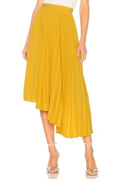 How to Wear a Yellow Pleated Skirt - summer skirt outfit, Yellow Pleated Skirt, Pleated Skirt Outfit, Pleated Fabric, Skirt Outfits, Anime Outfits, Animal Print Skirt, Slip Skirts, Midi Skirts, Types Of Skirts