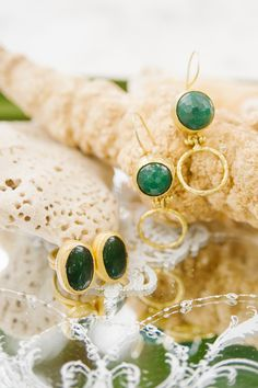 green and gold jewelry - photo by Barb Simkova for Tara McMullen Photography http://ruffledblog.com/belha-villa-wedding-in-mexico