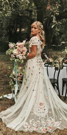 18 Floral Wedding Dresses For Magic Party ❤ floral wedding dresses white country willow by watters ❤ #weddingdresses #weddingoutfit #bridaloutfit #weddinggown Colored Wedding Dresses, Wedding Party Dresses, Party Wedding, Bridal Outfits, Bridal Gowns, Magic Party, Floral Wedding, Bride, Lace