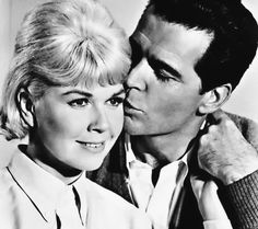 Doris Day and James Garner - The Thrill of It All