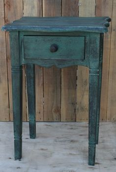 Awesome Color! Small side table @ Rodworks.