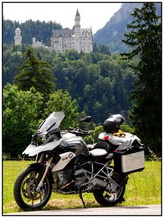 Two Bavarian icons: R1200GS, and Neuschwenstein. Hans would sometimes fantasise about living in a castle, but if he had to choose, it would be the GS. You can't ride a castle.