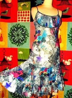 YUMI ON LINE: LULU H ROBE DRESS POP DIABLOTINS  VINYLS TM OU 40/...