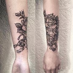 Roses with Scorpion ✣ #tattoo #blacktattoo #black #blackworker #btattooing…