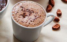 ¿Un chocolatito caliente? Prueba la deliciosa receta de chocolate aromatizado y disfruta de su rico sabor.