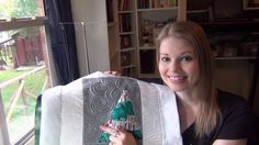 It's Razzle Dazzle time! I'm quilting my Wonky Christmas Tree quilt with chunky glittery thread in the bobbin on the Grace Qnique longarm. Machine Quilting Tutorial, Machine Quilting Designs, Quilting Tutorials, Quilting Projects, Christmas Tree Quilt, Razzle Dazzle, Free Motion Quilting, Block Party, Quilts