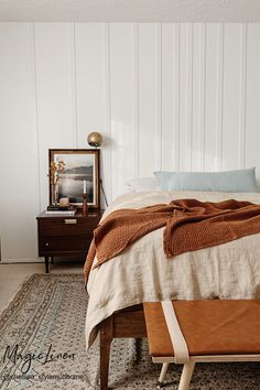 Create earthy bedroom interior design with soft, high-quality linen bedding by MagicLinen. Linen duvet covers, pillowcases, linen sheets and more available in various earthy tones. Room styled by @chelsea_stylemutthome Earthy Bedroom, Natural Bedroom, Bedroom Inspo, Bedroom Decor, Linen Sheets, Linen Duvet, Real Estate Houses, House Furniture, Fashion Room