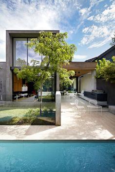 // Oban by David Watson Architect. Landscape: Jack Merlo Design. Interiors: Workroom. Builders: Agushi