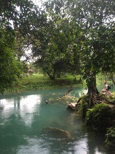 Vang Vieng in Laos... 블루라군보다 더 블루라군 같은! Vang Vieng Resort