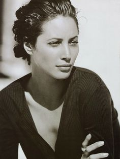 Christy Turlington by Peter Lindbergh - Harper's Bazaar May 1993