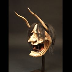Japon, Masque Hannya, 19ème siècle. Masque Hannya, Oni Mask, Japanese Drawings, Japanese Tattoo Art, Mascara Oni, Japanese Demon Mask, Samourai Tattoo, Art Tribal, Japanese Monster