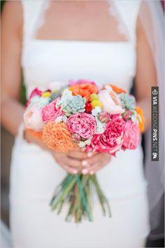 spring time wedding bouquet   VIA #WEDDINGPINS.NET