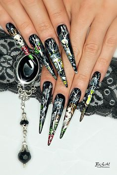 1000 images about nails helloween on pinterest halloween nail art nail art and 3d acrylic nails. Black Bedroom Furniture Sets. Home Design Ideas