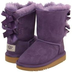 260 best woman outfits images uggs outlet picture link female rh pinterest com