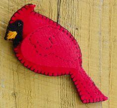 Free Felt Patterns and Tutorials: Free Felt Pattern > Cardinal Ornament Cardinal Ornaments, Bird Christmas Ornaments, Noel Christmas, Christmas Crafts, Christmas Patterns, Fall Crafts, Halloween Crafts, Halloween Ideas, Xmas