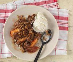 3 recipes for desserts made with fresh peaches - Magazine - The Boston Globe