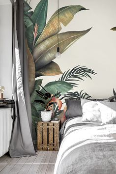 Tropical Decor 75213 Tropical Wallpaper designed by Lemon. Urban jungle palm prints are hot right now for interiors and home decor. Let our Tropical wallpaper brings the very in-vogue tropical style to your home! Tropical Bedrooms, Tropical Home Decor, Tropical Interior, Tropical Houses, Tropical Furniture, Urban Home Decor, Tropical Garden, Tropical Wallpaper, Wallpaper Jungle