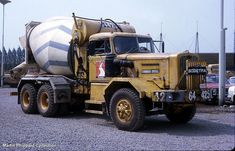 concrete mixer driver jobs Mixed Emotions - By Martin Phippard Heavy Duty Trucks, Heavy Truck, Vintage Trucks, Old Trucks, Bentley Truck, Cement Mixer Truck, Equipment Trailers, Concrete Mixers, Show Trucks