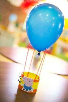 it's cute, we can replace george with peppa. 1st Birthday Boy Themes, Twin Birthday Parties, Birthday Fun, Birthday Decorations, Peppa Pig Y George, George Pig Party, Peppa Big, Aniversario Peppa Pig, Cumple Peppa Pig