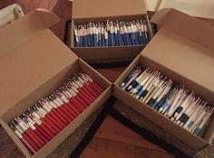 très belle récolte de stylos :) Bohol, Philippines, Office Supplies, Pens