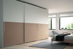 Los dos grandes paneles de las puertas Horizon te permitirán personalizar el armario para que aporte color al dormitorio para darle un toque de decoración