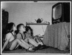 op woensdagmiddag of op zaterdagmiddag tv Rotterdam, Utrecht, The Good Old Days, Good Old Times, Nostalgia, Retro Kids, Picture Credit, Long Time Ago, Sweet Memories