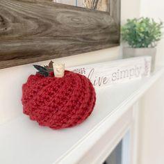 How to Crochet a Pumpkin - Free Pattern • A Plush Pineapple Crochet Hooks, Free Crochet, Knit Crochet, Crochet Fall, Holiday Crochet, Halloween Crochet, Halloween Crafts, Crochet Pumpkin Pattern, Crochet Patterns